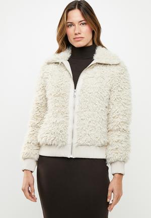 Ibi jayla short faux fur jacket - neutral
