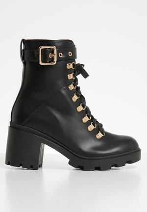 Faux leather combat boot - black pu