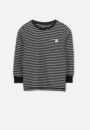 ae20f6eececd Core long sleeve tee - white   black