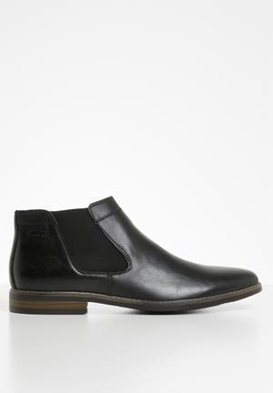 Michael slip-on boot - black