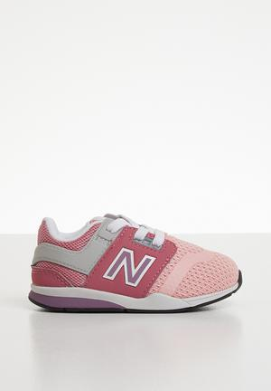 0a8cc4bee90 247V2 Infants sneaker - pink