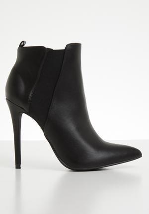3f13607f6b Ankle boot - black