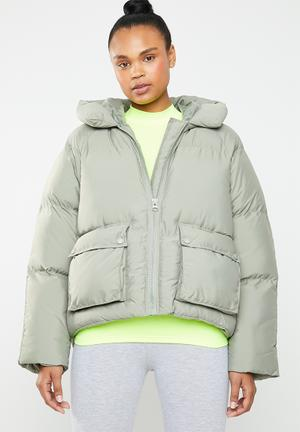 Hooded ultimate puffer jacket - green