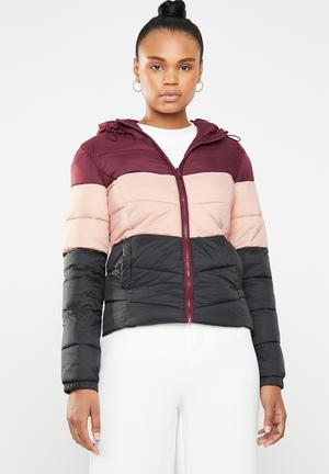 b57b2e0ca4143f North quilted panel hooded jacket - multi