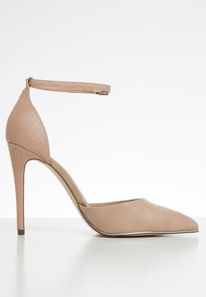 11dfe9cb2198 Snake skin combo ankle strap heel - pink