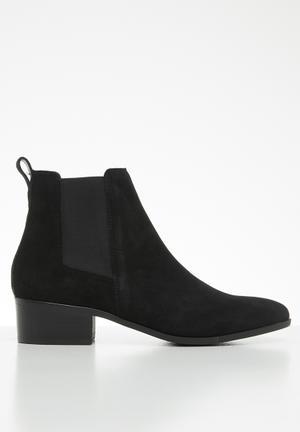 Dover faux suede chelsea boot - black