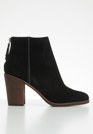 3bb1946e39a7 Suede back zip ankle boot - black