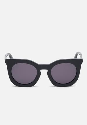 63c0deeb5 Shiny frame with smoke lenses - black