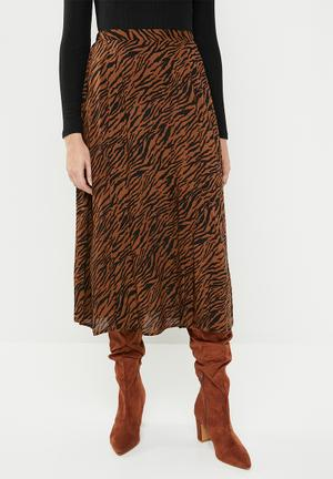 9c0c7da08 Midi skirt with slits - brown   black