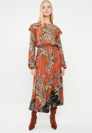 a8c0b07cb5 Peasant dress with ruffle - multi