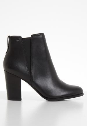 37afde7ce9a1 Pessa boot - black