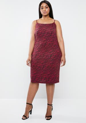 Slip dress - red & black