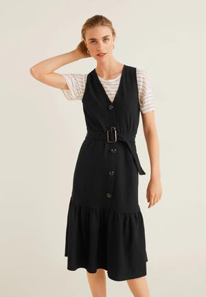 Button up dress with belt - black