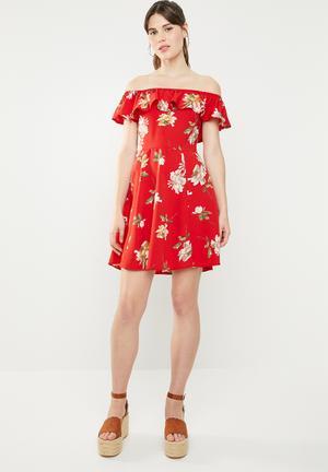 PARISIAN FLORAL PLAYSUIT  BARDOT MAXI OVERLAY DRESS WITH SHORTS RED UK6-14