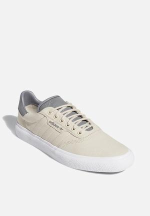 3MC - clear brown / grey three / ftwr white