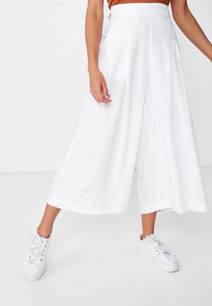 Luna button culotte - white
