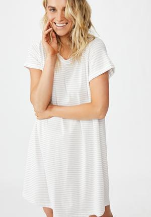 Tina T-shirt dress - white