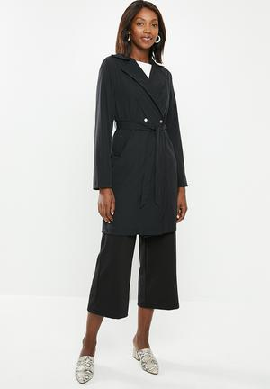 Lightweight belted jacket - black