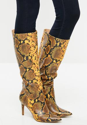 Kinga boot - yellow & black