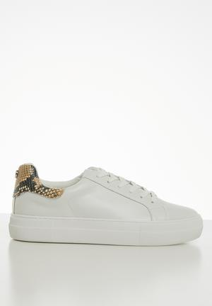 Merger sneaker - white