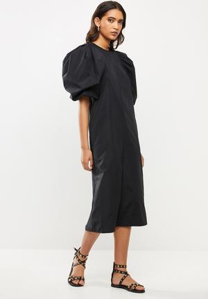Poplin puff sleeve midi dress -black