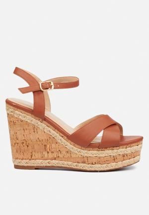 Dioxy wedge - tan