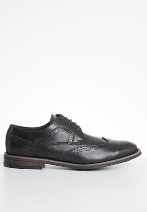 Derby brogue - black