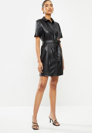Vera faux leather belt dress - black