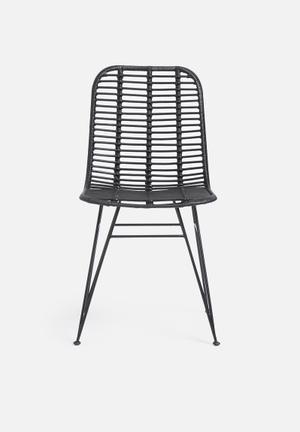 Gili rattan chair - black