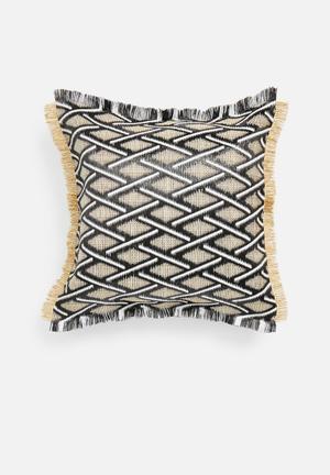 Coron raffia outdoor cushion - black & natural