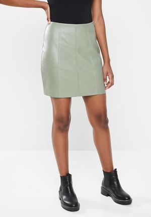 Faux leather panel detail mini skirt - green