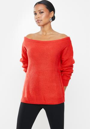Petite ophelita off shoulder jumper - red