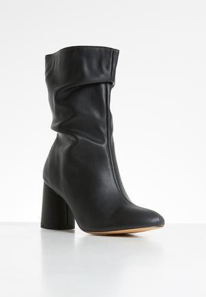 Marshmallow boot - black