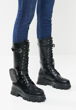Quad combat boot with detachable pouch - black