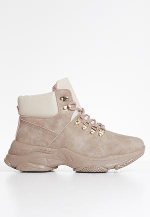 Kinsley hiking boot - pink