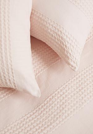 Cotton woven seersucker duvet set - sepia rose pink