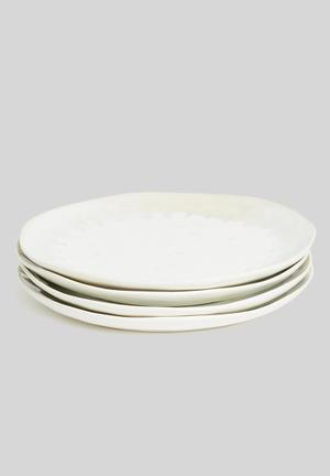 Ira dinner plate set of 4
