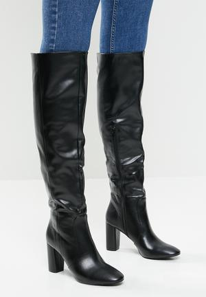 Jiyan knee-high boot - black