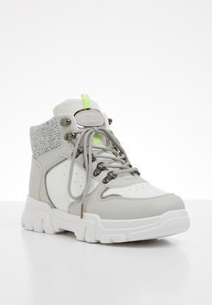 Rose hiking boot - white & grey