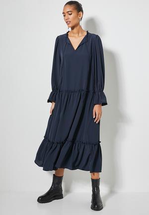 Volume tiered dress - navy