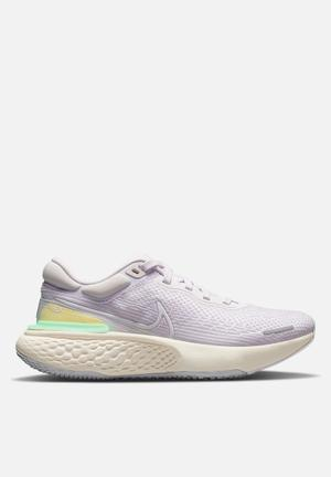 Zoomx invincible run flyknit - light violet/white-infinite lilac
