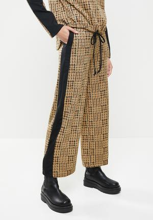 Checked colour block pant - beige & black