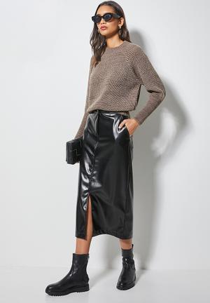 Pu pencil skirt - black