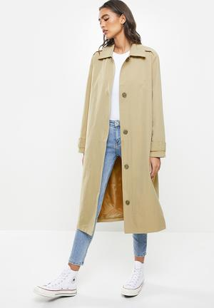 The mac trench - washed taupe