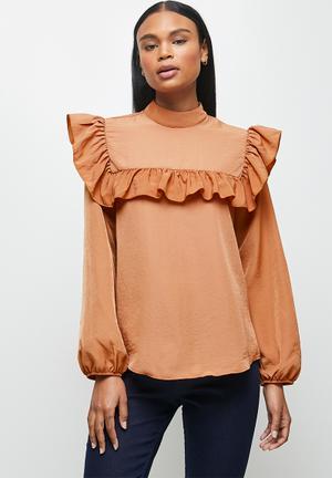 Peached woven turtleneck blouse - maple