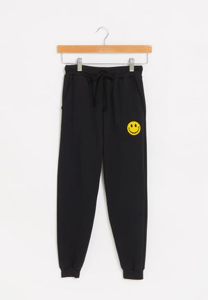 Graphic fleece jogger - black