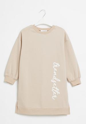 Printed sweater dress - pink