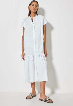 Mandarin collar tiered dress - white