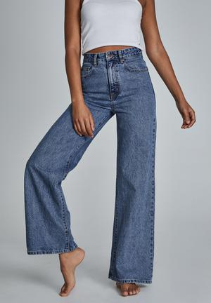 Long wide leg jean - lucky blue