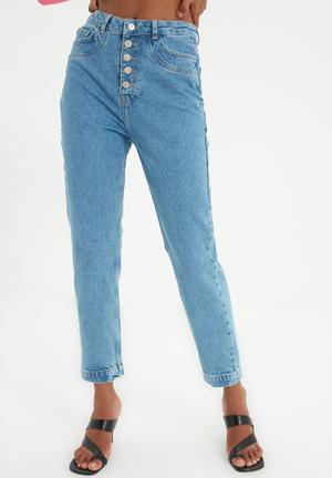 Stitch detailed front button high waist mom jeans - blue